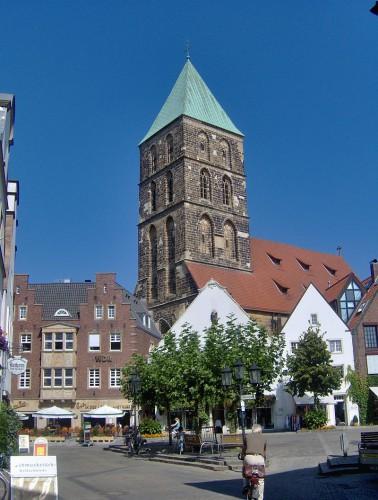 800px-Stadtkirche_Sankt_Dionysus_Rheine